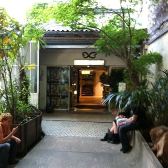 La ferme tropicale animalerie 54 rue jenner jardin for Jardin 54 rue de fecamp