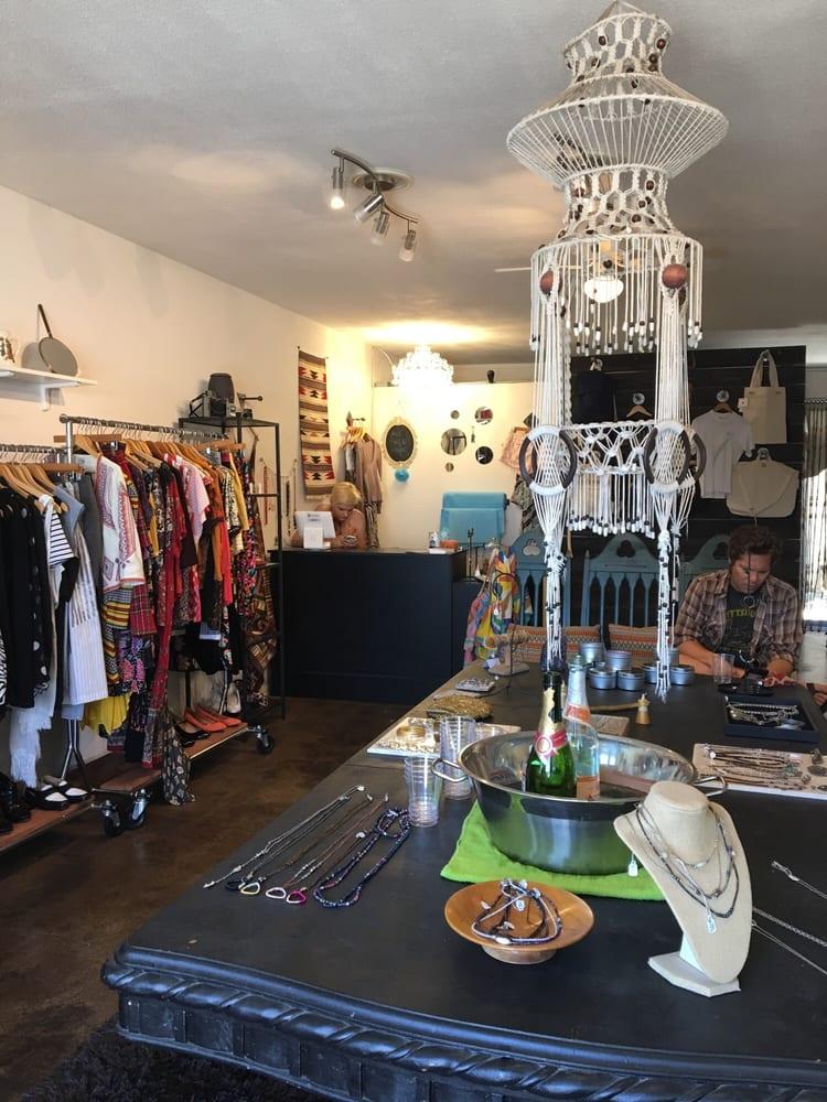 Runwaytrash Boutique