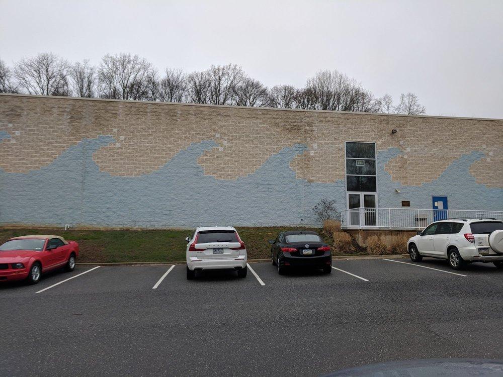 Suburban Seahawks Swim Club: 3615 Gradyville Rd, Delaware, PA