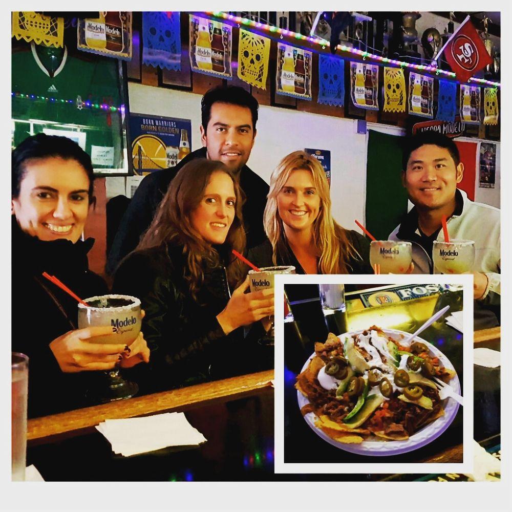 El Farolito Bar: 2777 Mission St, San Francisco, CA