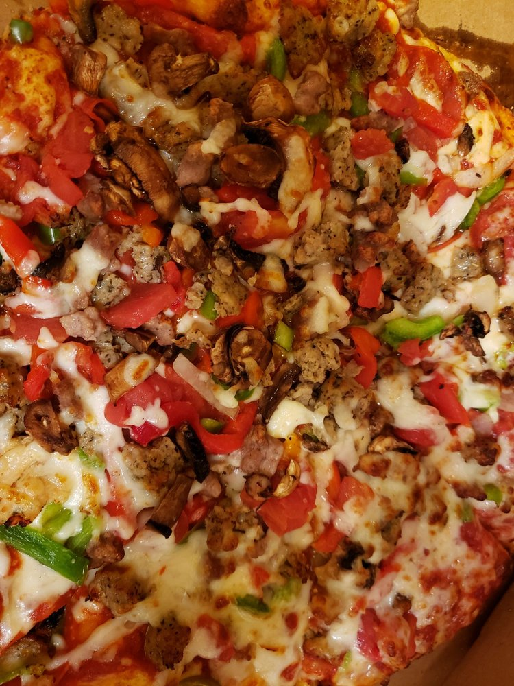Domino's Pizza: 1233 Parkway Dr, Blackfoot, ID