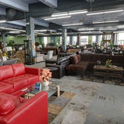 Furniture mecca rugs 1430 w hunting park ave for Furniture r us philadelphia