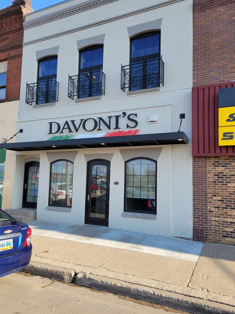 Davoni's: Jamestown, ND