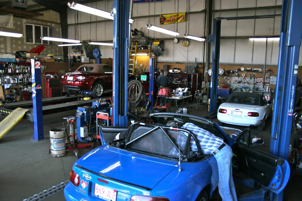 Main Street Automotive Service Center: 676 Main St, Clinton, MA