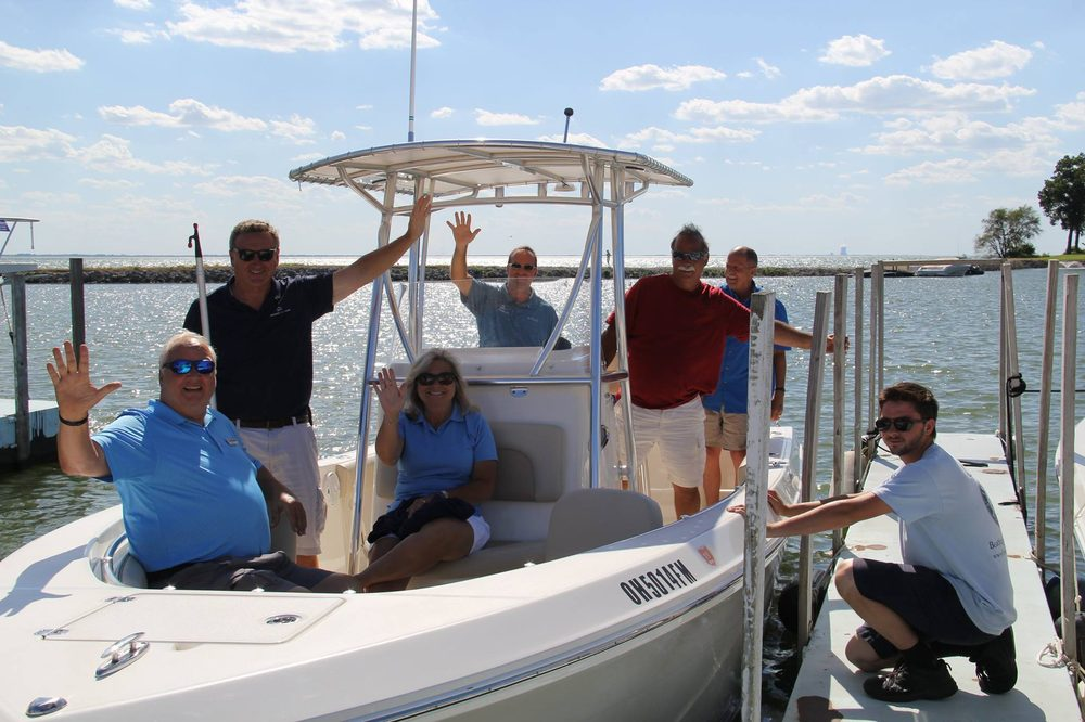 Freedom Boat Club Lake Erie - Rocky River: 1500 Scenic Park Dr, Lakewood, OH