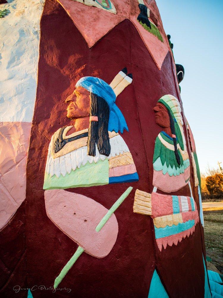Ed Galloway's Totem Pole Park: 21300 OK-28 A, Chelsea, OK