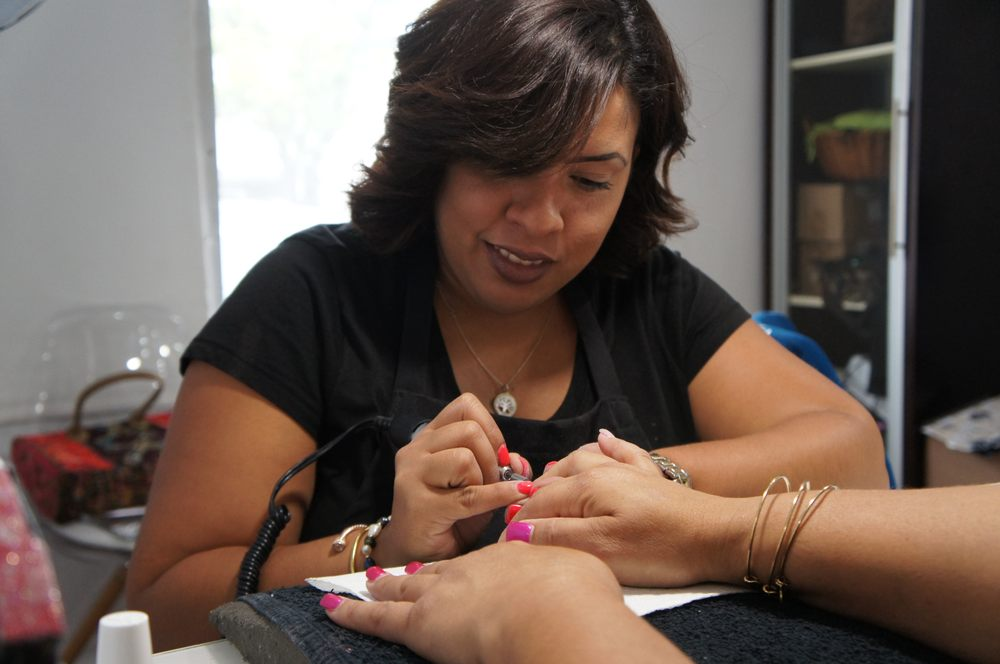 Creatif Salon and Spa: 73 Ave Esmeralda, Guaynabo, PR
