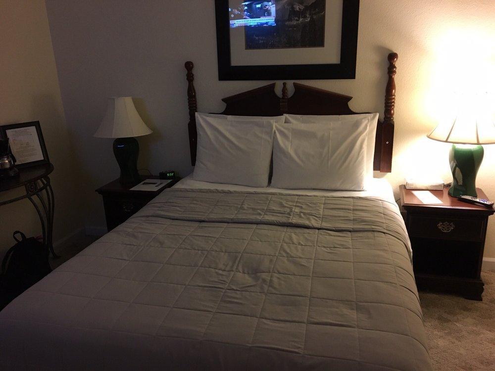 5th Street Inn: 4994 5th St, Mariposa, CA