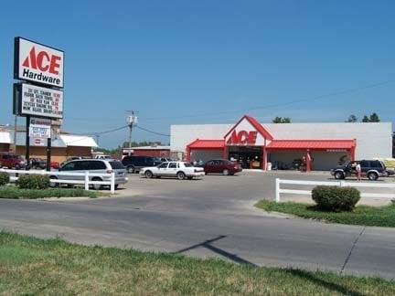 Fremont Ace Hardware & Garden Ctr: 1660 E 23Rd St, Fremont, NE