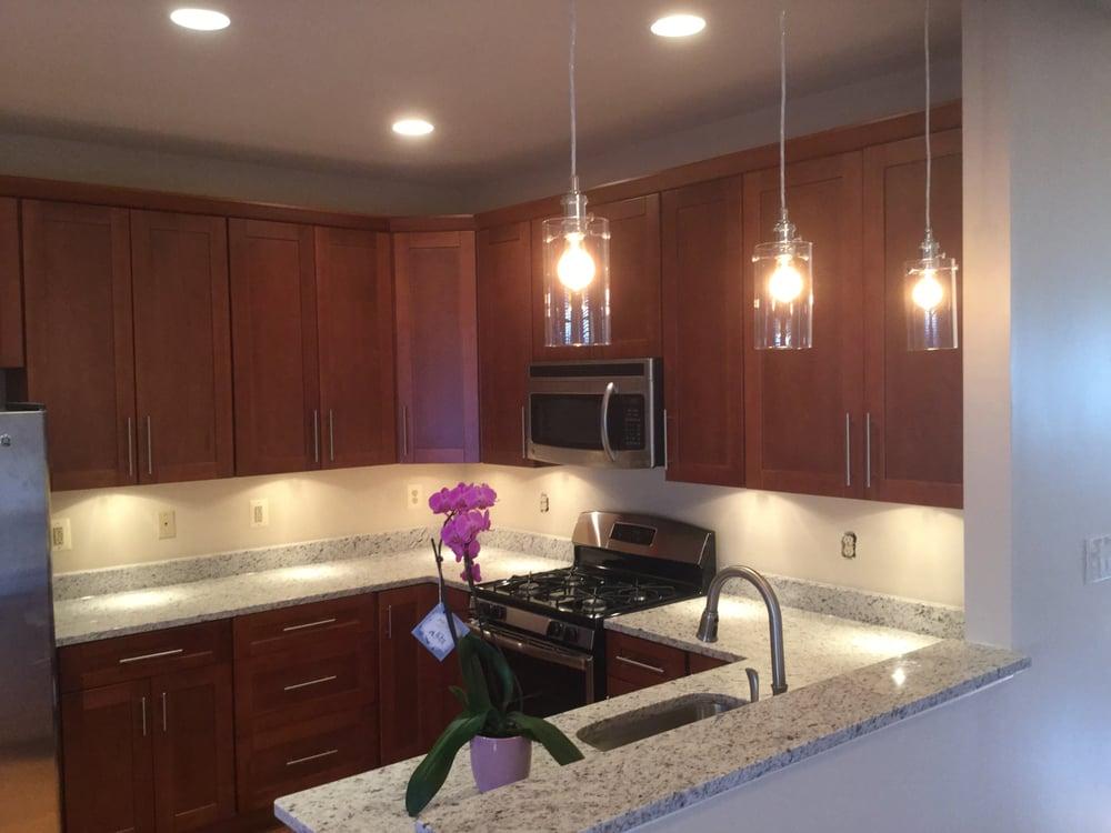 Rockville White Granite : Zen cabinetry byggematerialer derwood cir