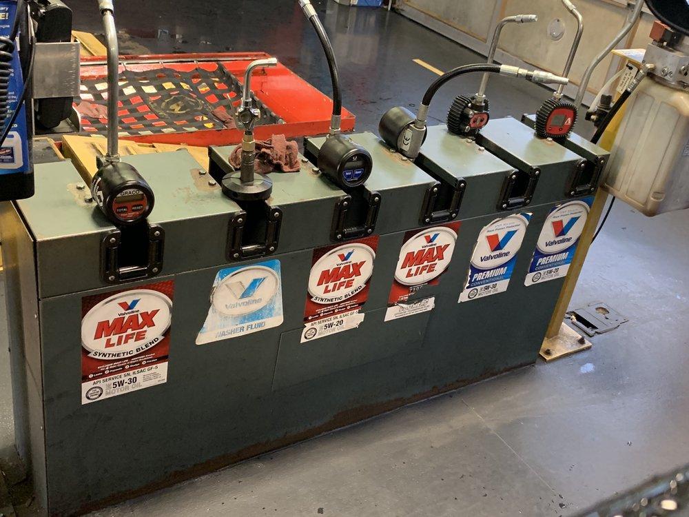 Valvoline Instant Oil Change: 45995 Denizen Plaza, Potomac Falls, VA