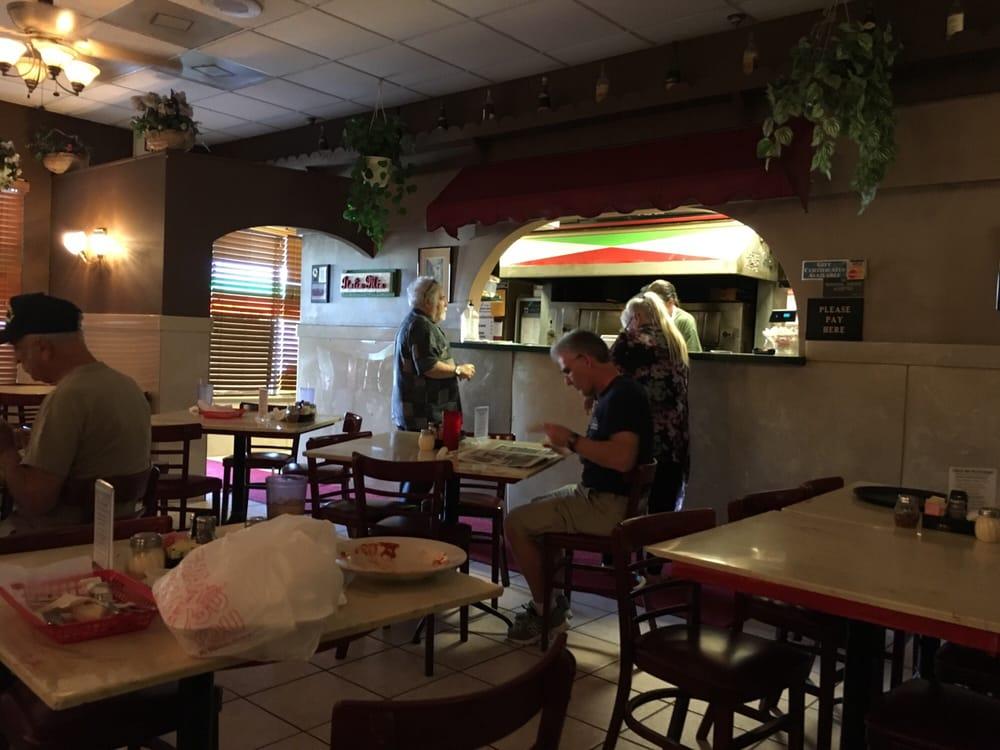 italia mia 35 fotos 87 beitr ge pizza 1165 62nd ave n gateway saint petersburg fl. Black Bedroom Furniture Sets. Home Design Ideas