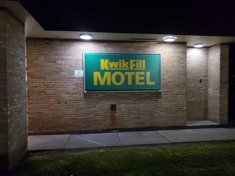 Kwik Fill Motel: 5574 PA-8, Harrisville, PA