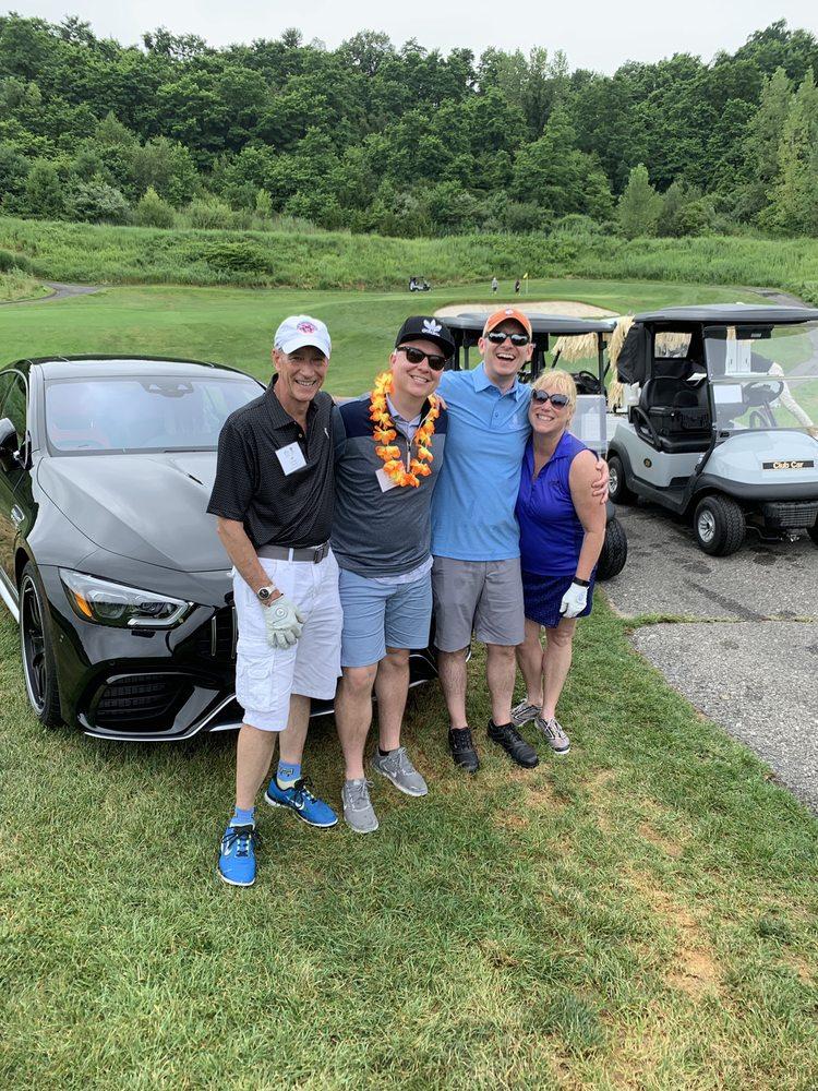 Harbor Links Golf Course: 1 Fairway Dr, Port Washington, NY