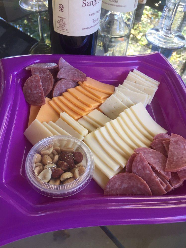 Brushy Creek Vineyards: 572 County Road 2798, Alvord, TX