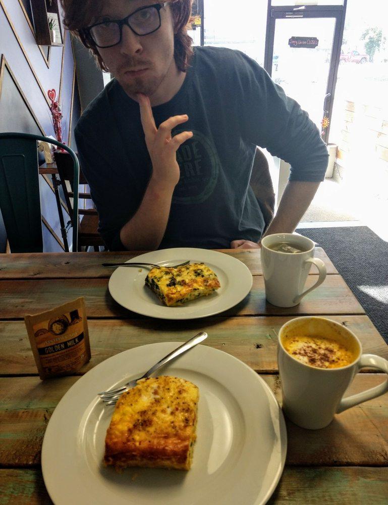 Daily Dose Cafe: 5206 1/2 Maccorkle Ave SE, Charleston, WV