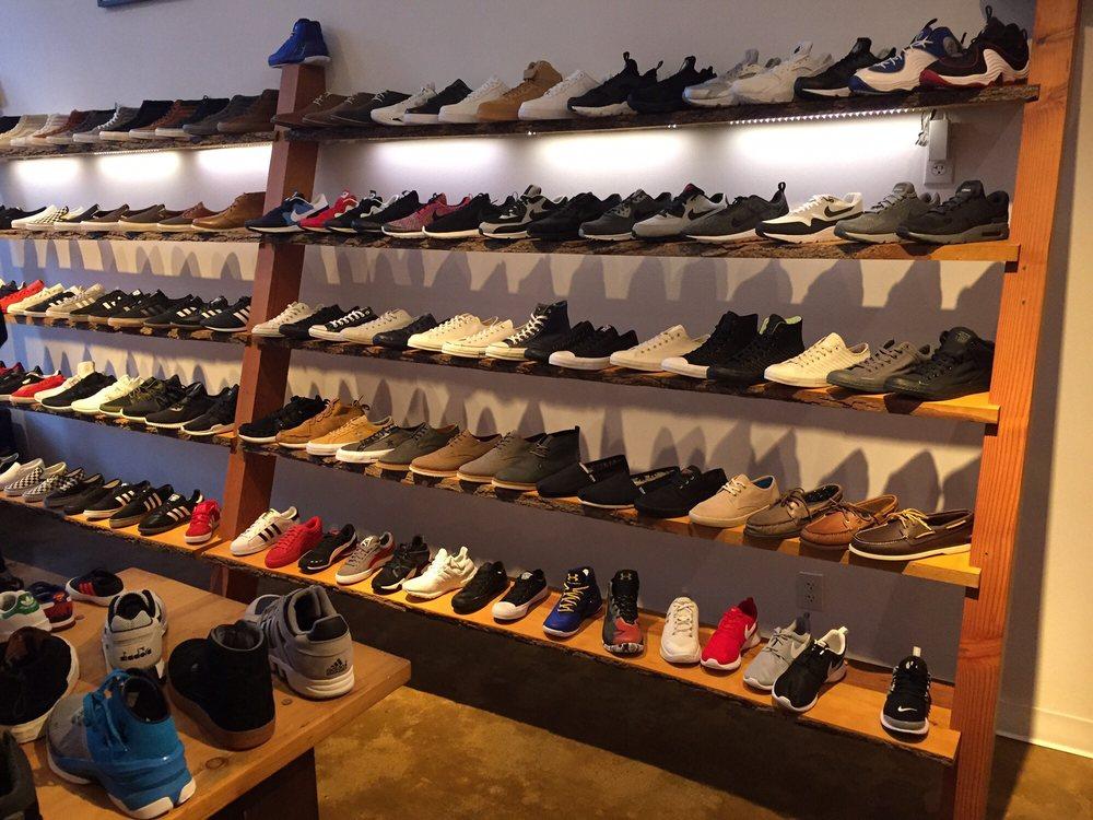 District Footwear