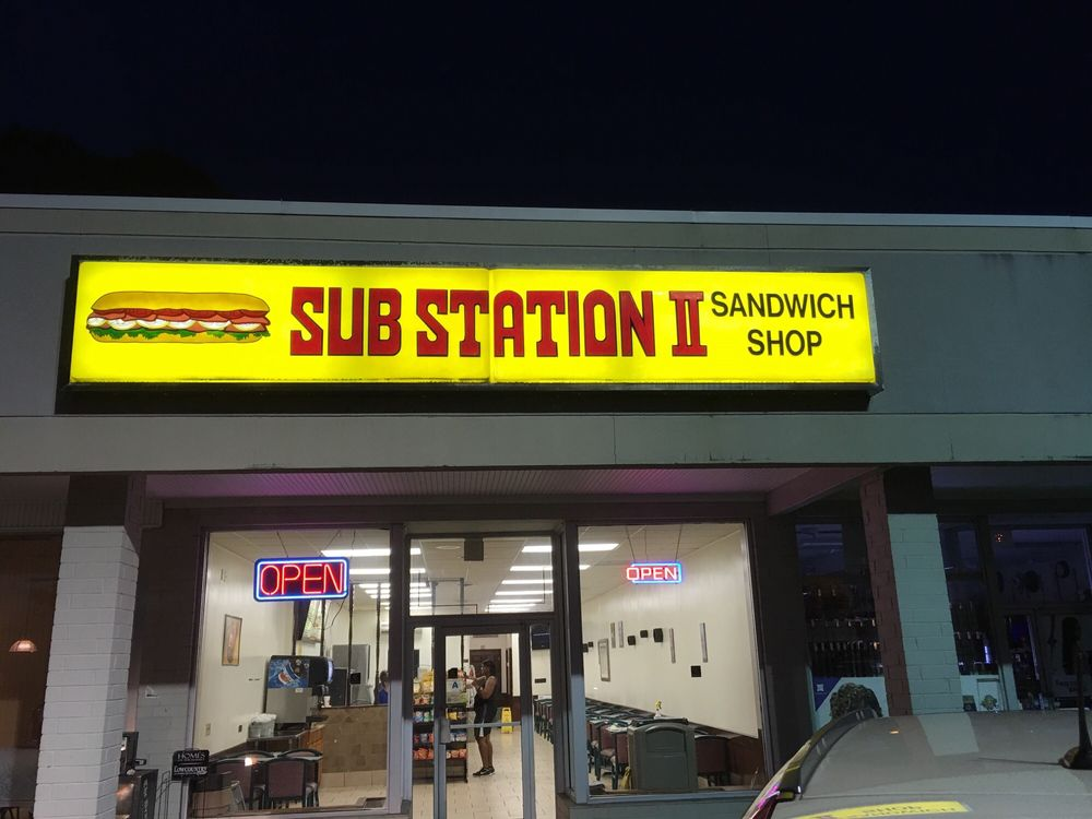 Sub Station II: 7 Robert Smalls Pkwy, Beaufort, SC