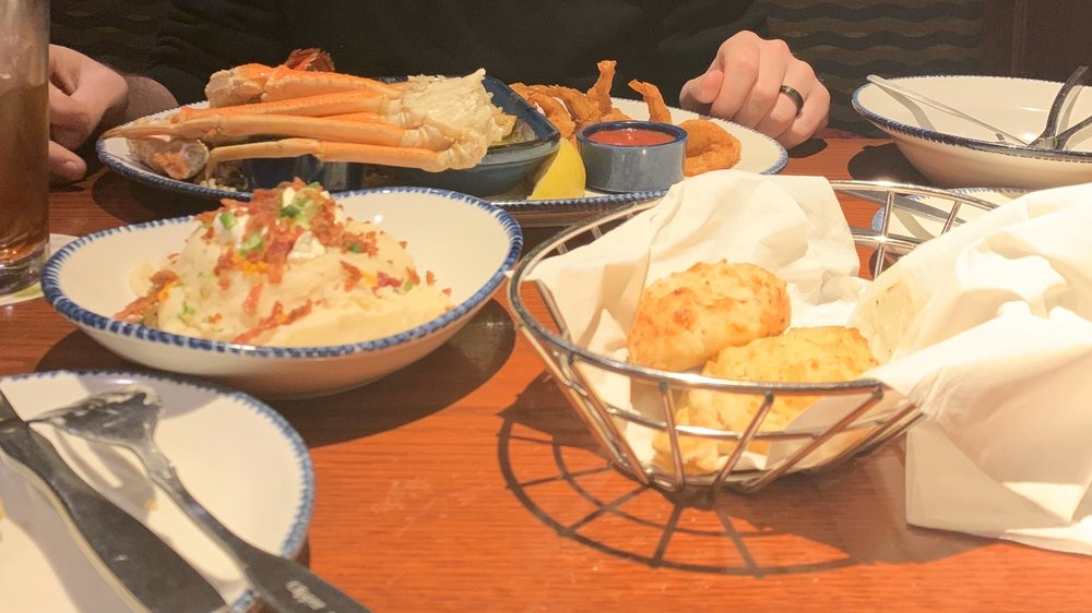 Red Lobster: 7921 Dream St, Florence, KY