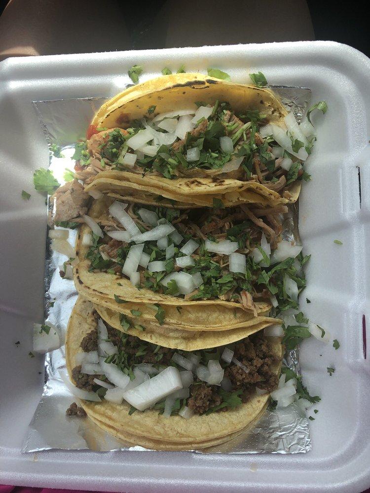 Trianos Taco Company: 30770 Overseas Hwy, Big Pine Key, FL
