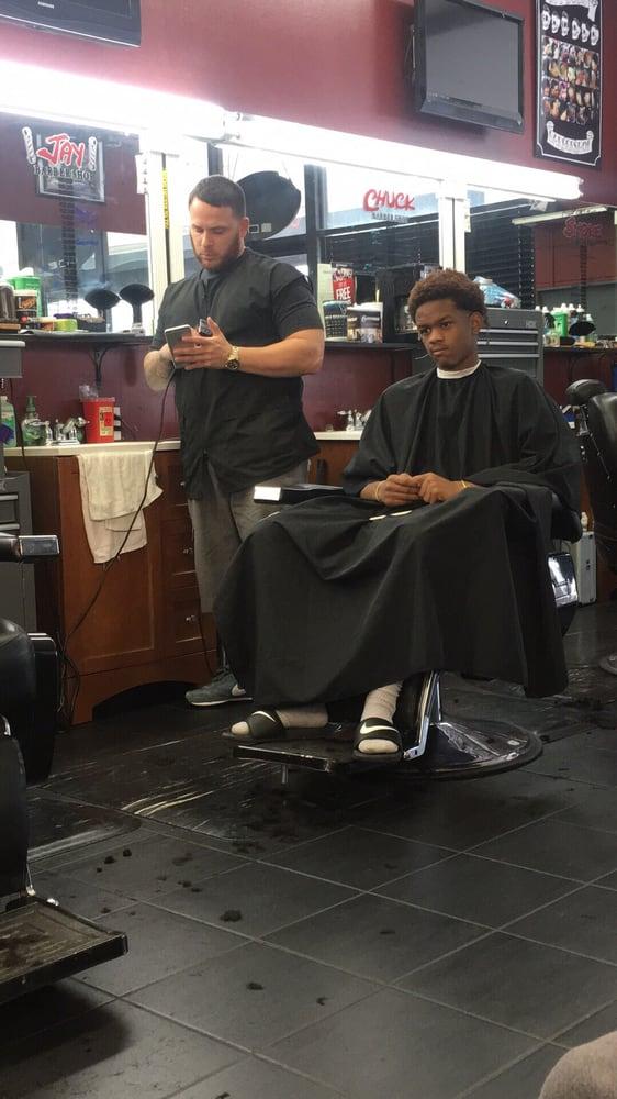 Jay's Barber Shop: 441 Uvalde Rd, Houston, TX
