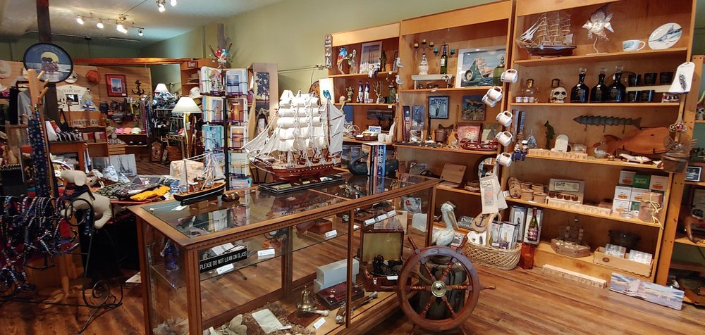 The Boathouse: 220 Middle St, New Bern, NC