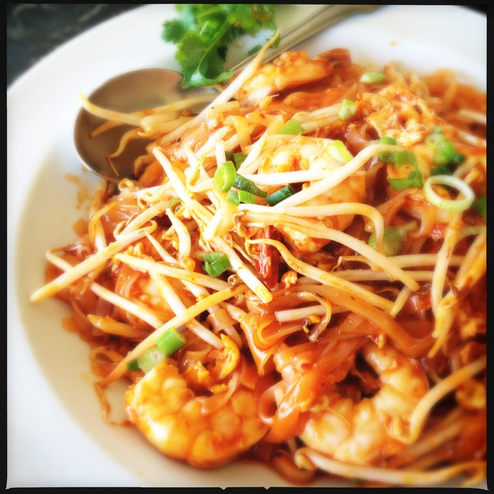 Green Basil Thai Food Calabasas