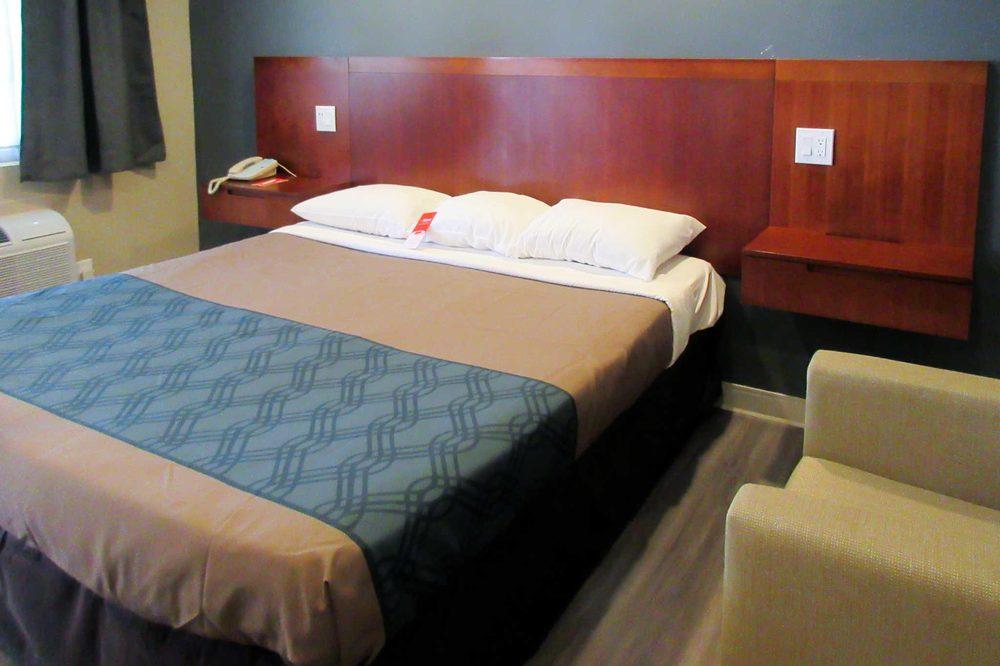 Econo Lodge: 606 North H St, San Bernardino, CA