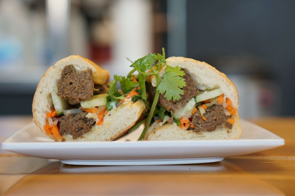 Evelyn's Coffee & Banh Mi: 11 E Exchange St, Akron, OH