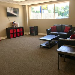 Photo Of Import Auto Works   Clarksville, TN, United States. Customer  Lounge With