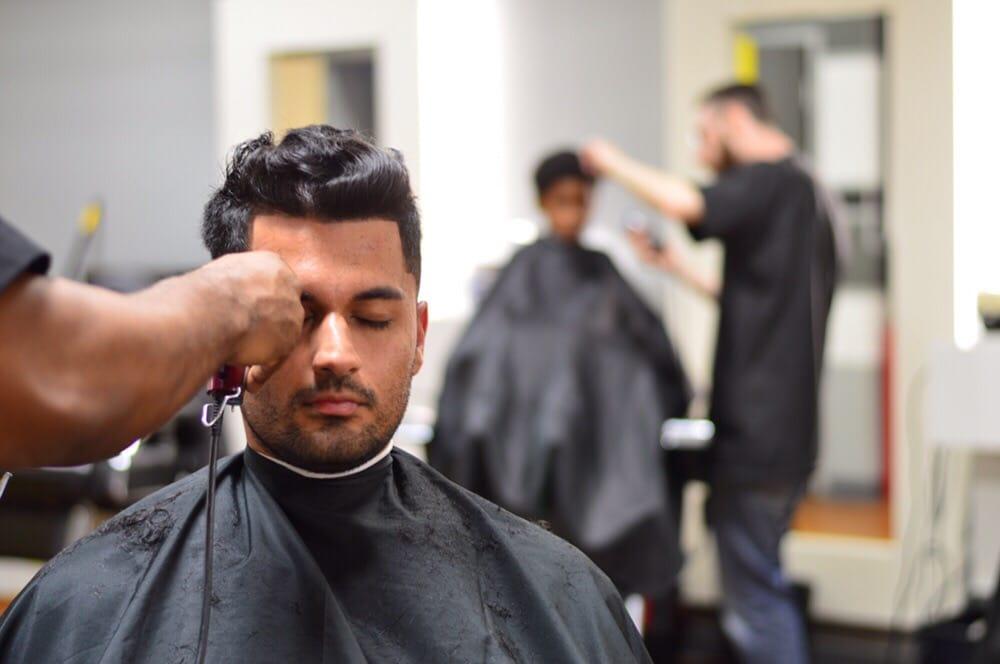 Royal Razor Barbershop 58 Photos 59 Reviews Barbers 304 W
