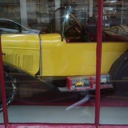 l auto jaune magasin de jouets 41 rue cavendish la villette paris num ro de t l phone yelp. Black Bedroom Furniture Sets. Home Design Ideas