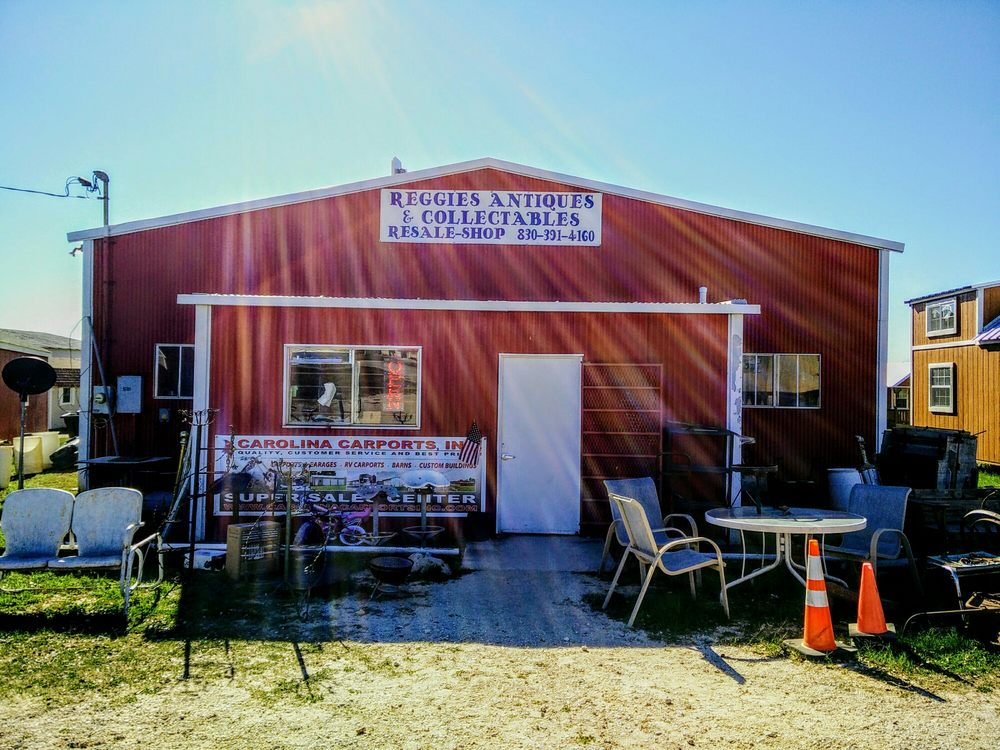 Reggie's Antiques & Collectibles Resale Shop: 105 S Shorts, Poth, TX