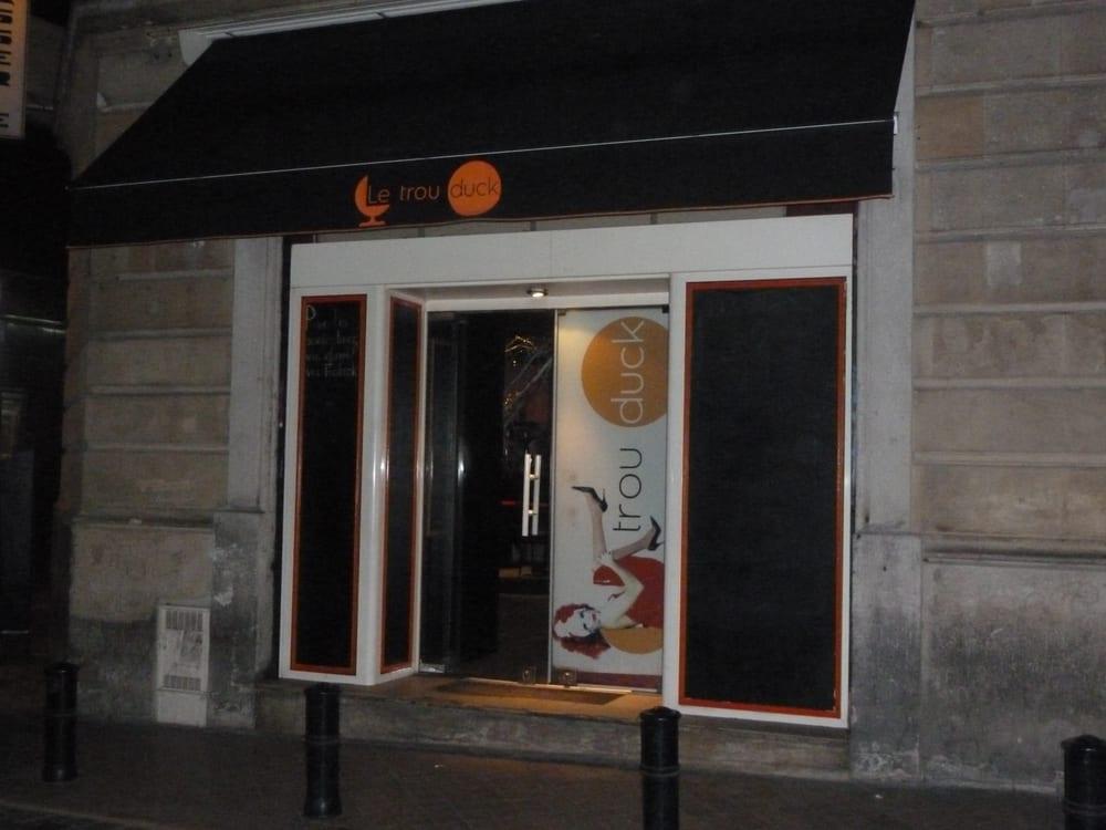 le trou duck gay bars 33 rue des piliers de tutelle h tel de ville quinconces bordeaux. Black Bedroom Furniture Sets. Home Design Ideas