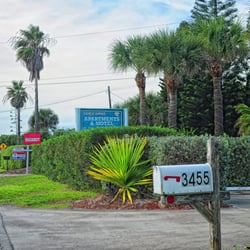 Sandy Shoes Resort Hotels 3455 S Highway A1a Melbourne Beach