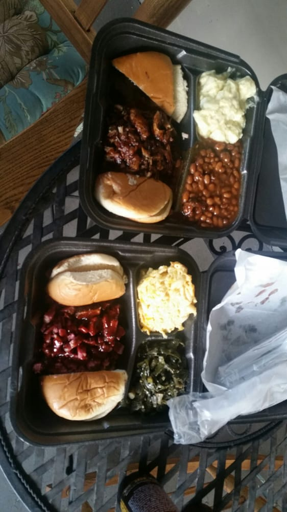 Mann's Kitchen: 2102 E Sligh Ave, Tampa, FL