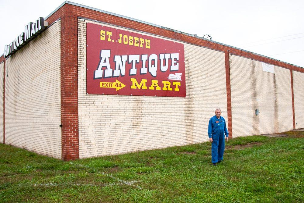 St Joseph Auction and Antique Mart