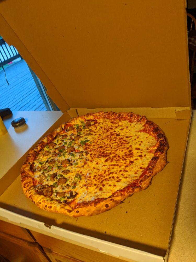 Uncle Spike's Pizzeria: 242 E Garfield Rd, Aurora, OH