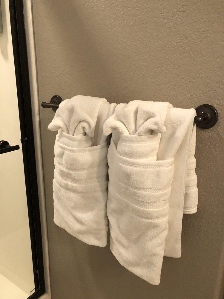 Mrs. Clean Coeur d'Alene Cleaning Services: 112 E Hazel Ave, Coeur d'Alene, ID