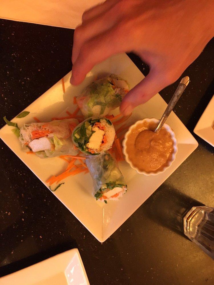 Anong's Thai Cuisine: 210 5th St, Rawlins, WY