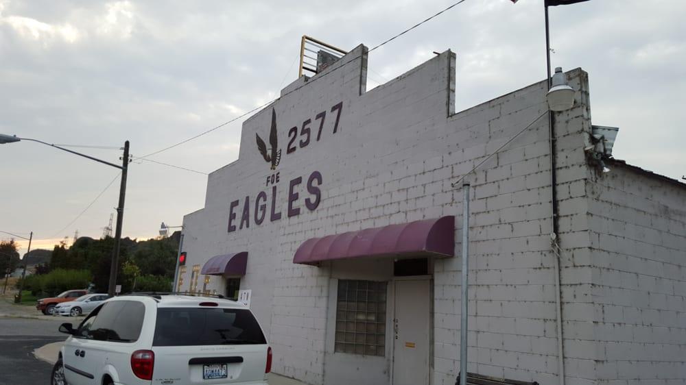 Eagle's Lodge: 122 B St, Grand Coulee, WA