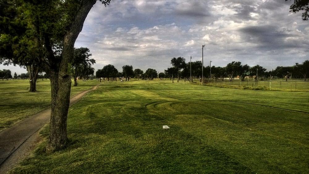 Kingfisher Golf Club: 600 E Bowman Ave, Kingfisher, OK