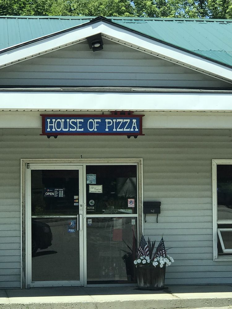 Dexter House of Pizza: 55 Spring St, Dexter, ME