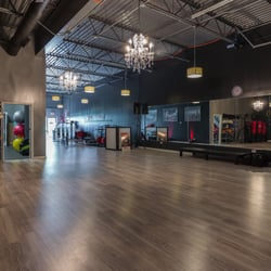 Hit It Fitness Trainers 800 W Lake St Roselle Il Phone