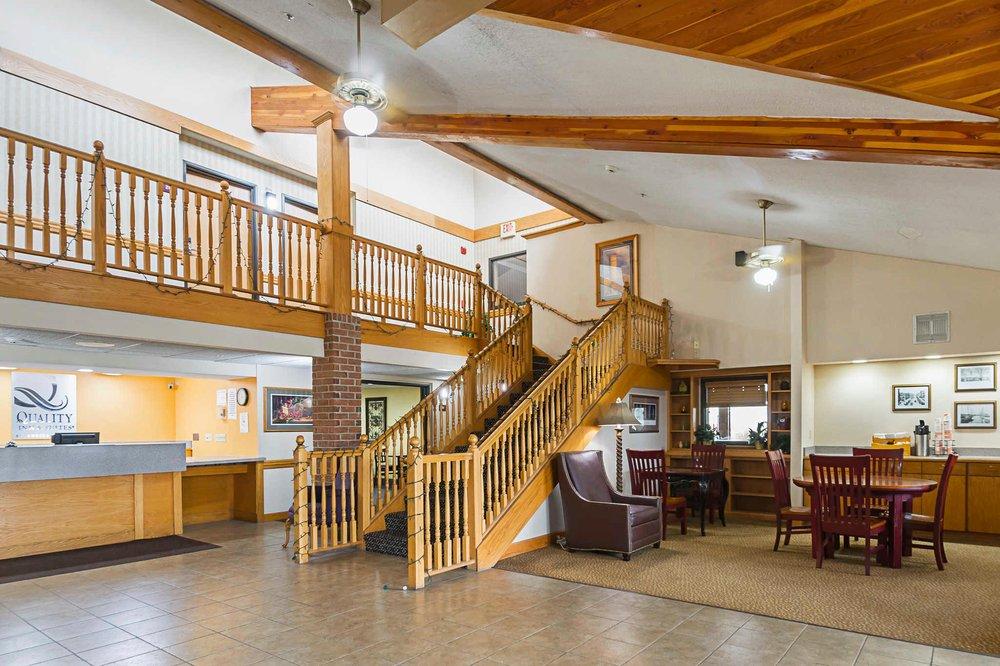 Quality Inn & Suites: 1259 Corn Crib Rd, Harrington, DE
