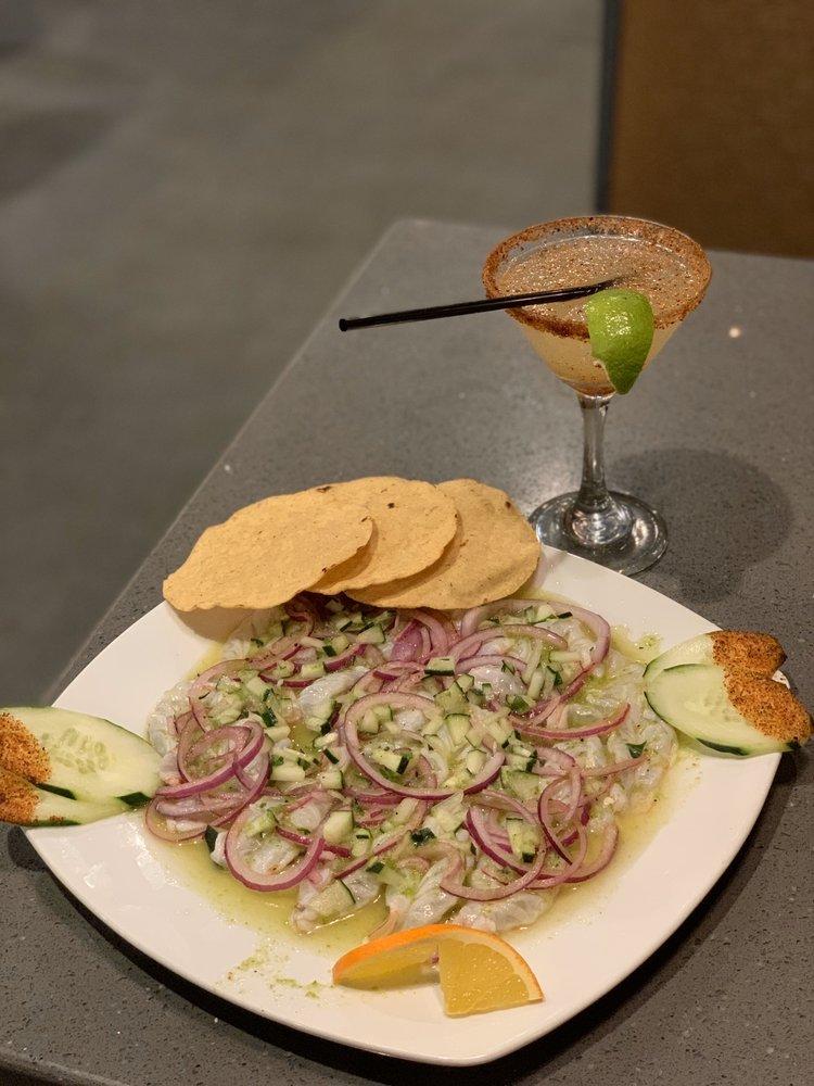 Sirenitas Mariscos Sushi And Lounge Bar: 707 12th Ave, Delano, CA