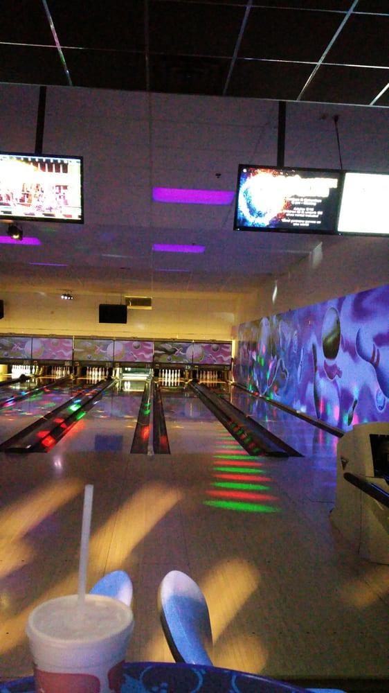 High Desert Lanes Bowling Center: 205 Fitzgerald Coliseum Dr, Edwards Air Force Base, CA