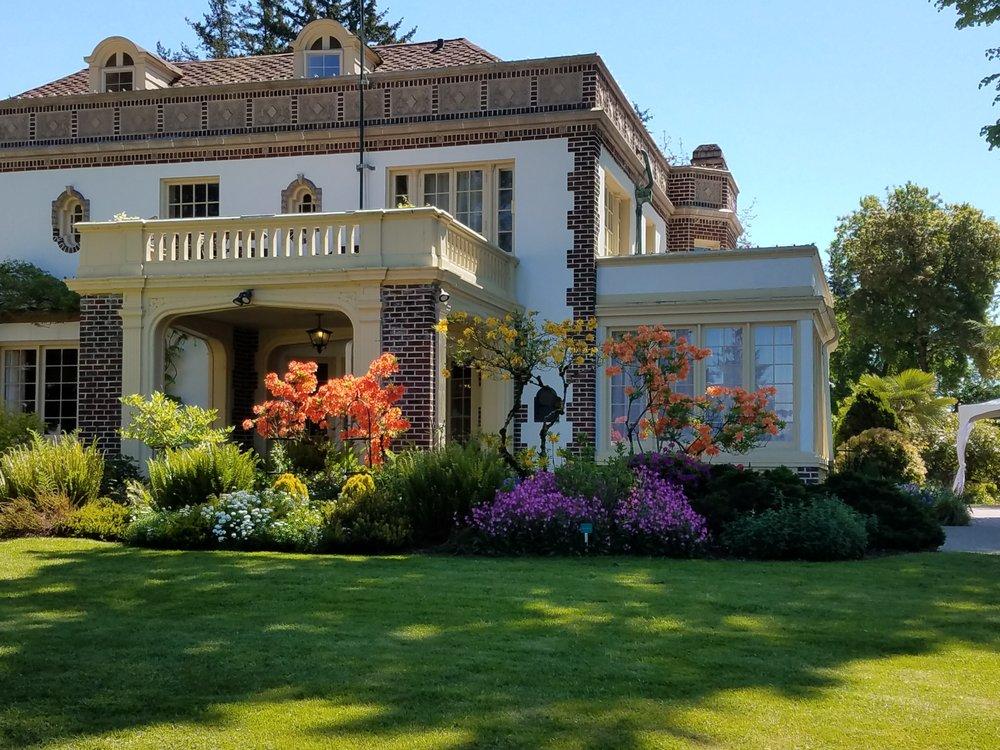 Lairmont Manor: 405 Fieldston Rd, Bellingham, WA