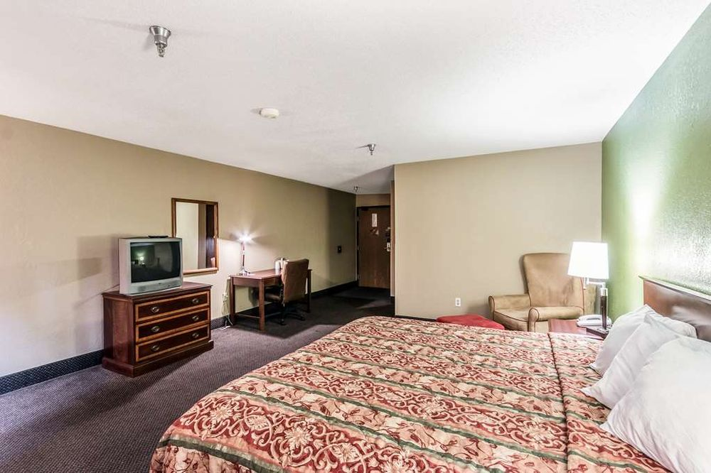 Motel 6: 602 Fraley Dr, Morehead, KY