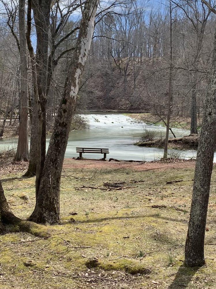 Maramec Spring Park: 21880 Maramec Spring Dr, Saint James, MO